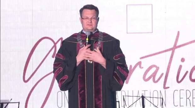 Ректор КФУ назвал шуткой использование непроверенной крымской вакцины от COVID-19