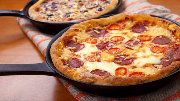 За 10 минут: быстрый рецепт домашней пиццы на сковороде