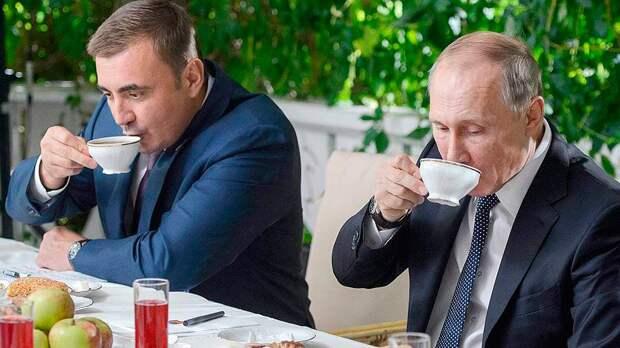 Алексей Дюмин начал появляться в российском медиа-пространстве, очевидно готовится к трансферту власти в 2024 году