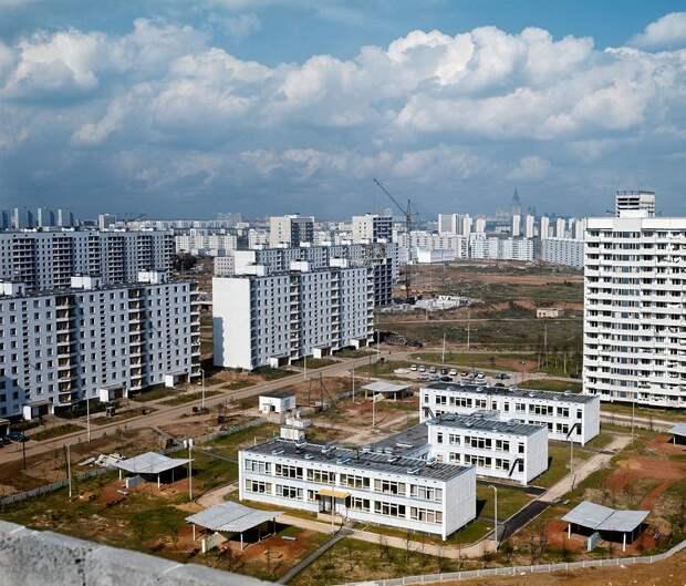 Мог ли обычный советский человек купить себе квартиру?