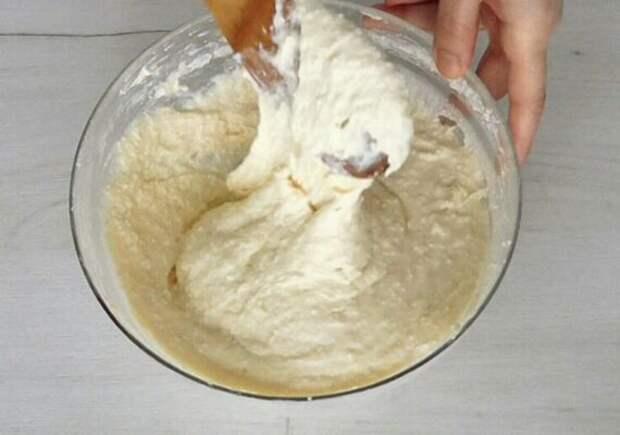 Сытные творожные оладьи на кефире за 20 минут. Вкуснятина на завтрак!