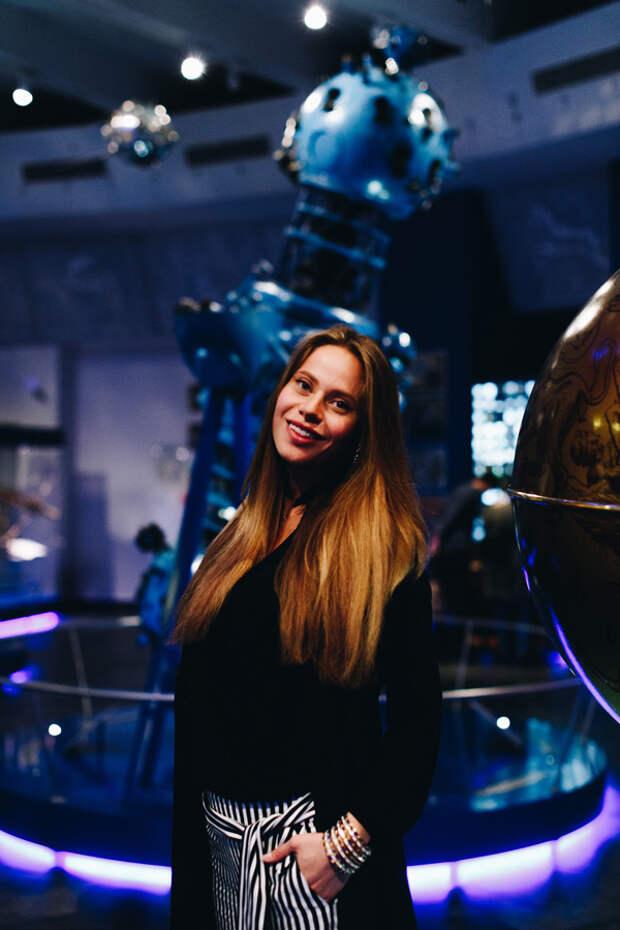 Голос и Космос: австралийская звезда Перукуа в планетарии