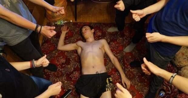 Треш и угар молодежных вечеринок: фото, которые не должны были оказаться всети