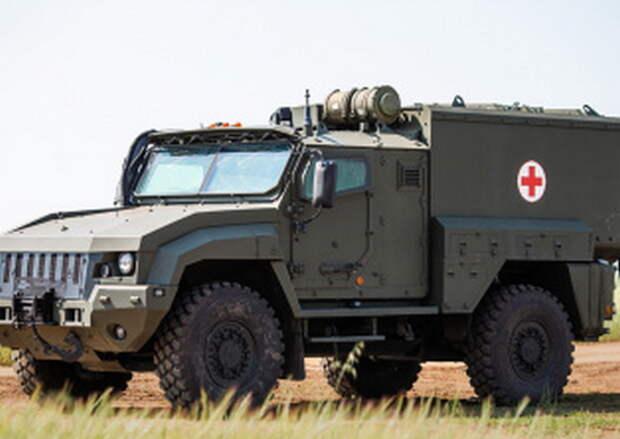 Военные медики общевойсковой армии ЗВО провели учение по оказанию первой медицинской помощи «тяжело раненным» военнослужащим в Белгородской области