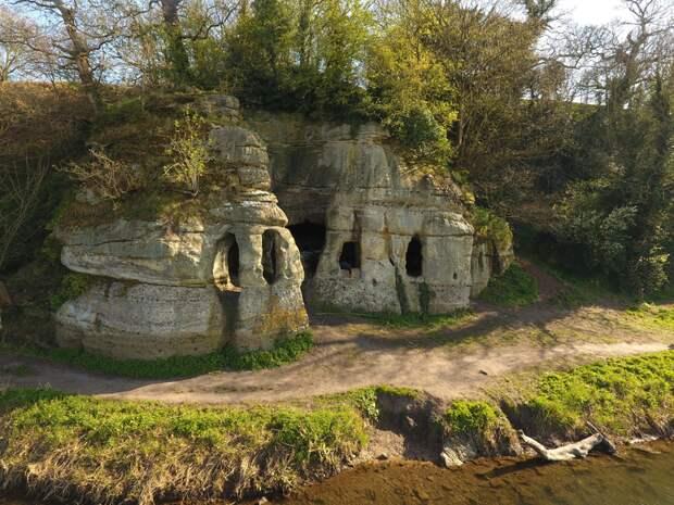 Пещера в центре Англии могла быть домом свергнутого короля Нортумбрии