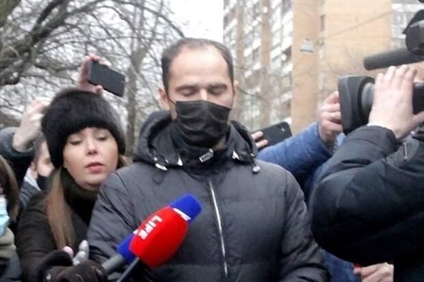 Избитый Широковым судья хочет взыскать с футболиста 500 тысяч рублей