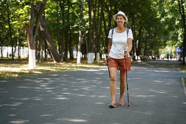 Вперед и с палками!  18 мая - Всемирный день скандинавской ходьбы