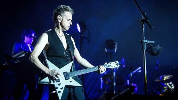 Музыкант для масс: человек, который сделал Depeche Mode