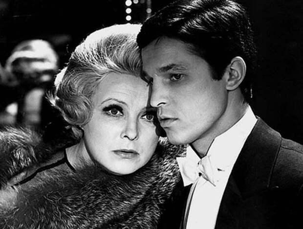 Кадр из фильма *Театр*, 1978 | Фото: fb.ru