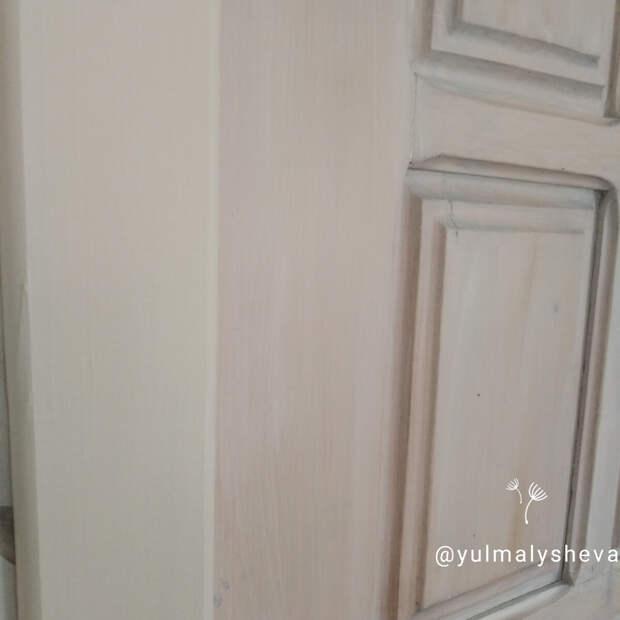 Как перекрасить старую лакированную дверь (не шкуря и не снимая лак)