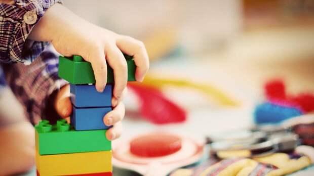Воспитатель несколько лет домогался до мальчиков в нижегородском детском саду