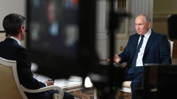 Путино посадке бортаRyanair в Минске:Вы спрашивали упилота?