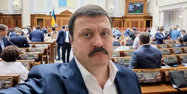 В ответ на санкции США Деркач пообещал новую пресс-конференцию с «цифрами, документами и интересными записями»