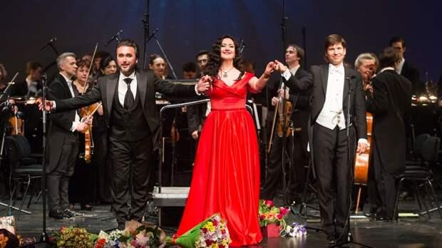 Оперная певица Агунда Кулаева: В День Победы я продолжаю семейные традиции