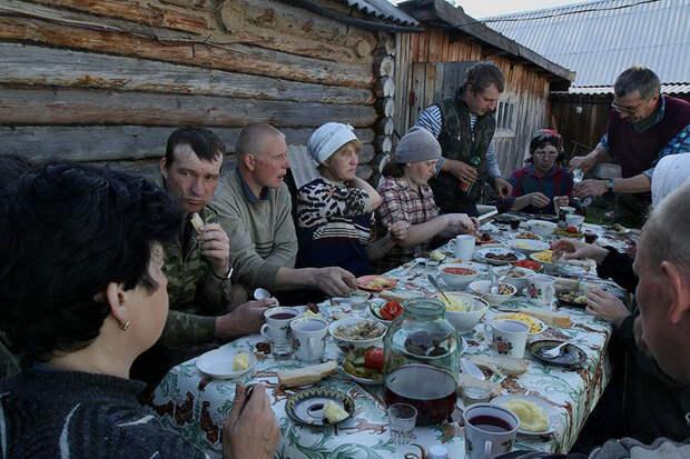 Derevnya-Bobrovka-v-fotografiyah-Alekseya-Malgavko 12