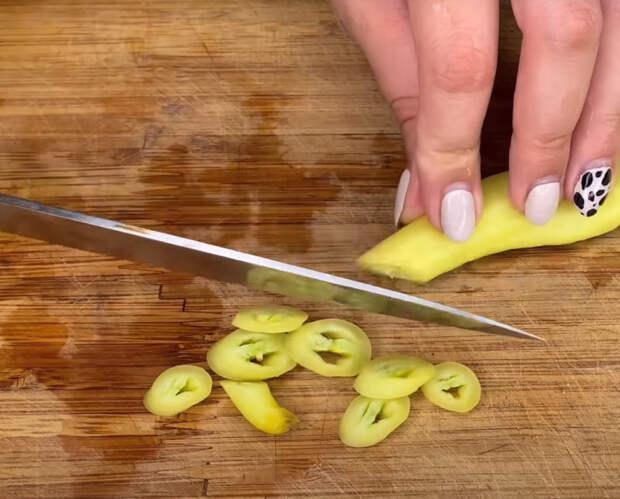 Маринованный перец в самом необычном маринаде. Очень вкусно и просто