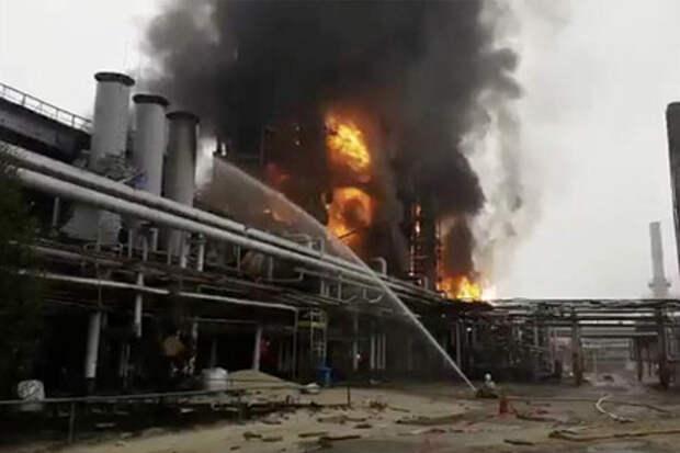 «Газпром» столкнулся с угрозой остановки добычи и переработки в Западной Сибири