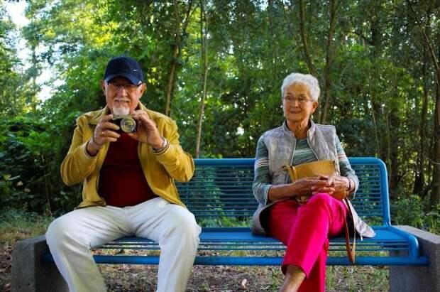 Названа дневная норма калорий для пожилых людей