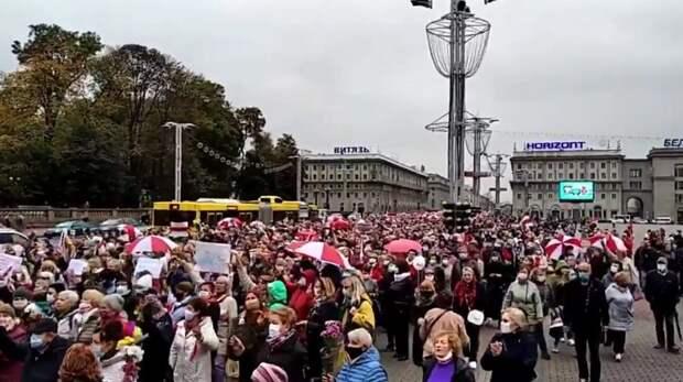 Минская милиция применила слезоточивый газ и светошумовые патроны на акции пенсионеров