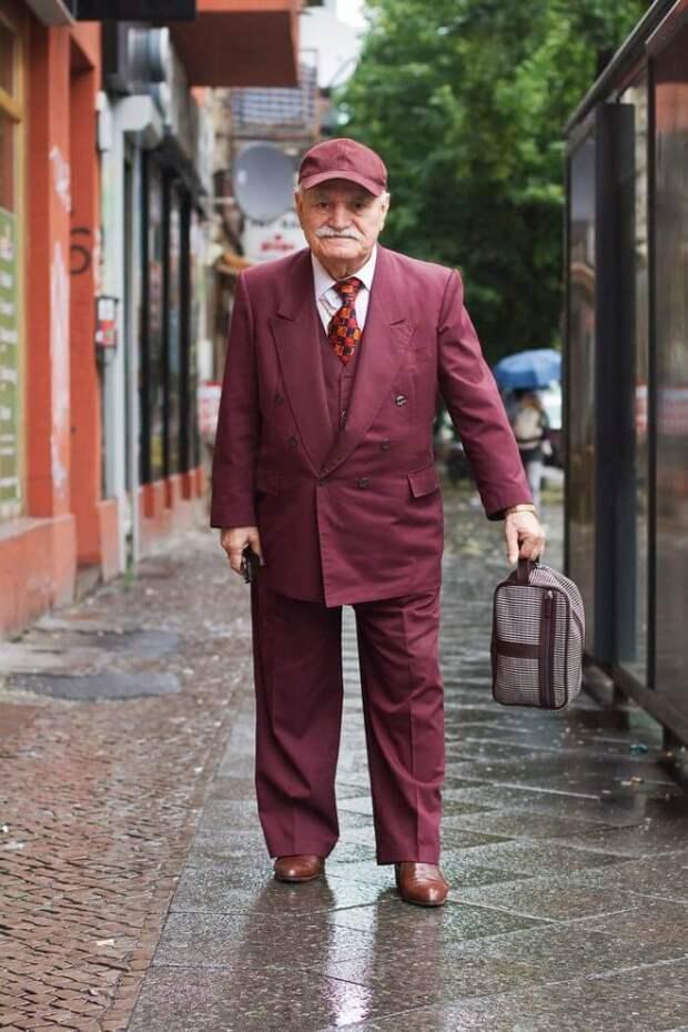 Стильный дедушка