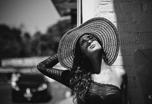 Быть женщиной, знающей себе цену, и быть женщиной, называющей свою цену это два абсолютно разных понятия!