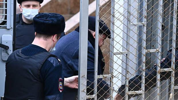 Борис Шпигель доставлен для избрания меры пресечения в Басманный суд - РИА Новости, 1920, 25.03.2021