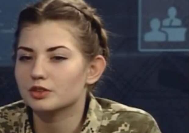 Украинские курсантки в шоке: Вместо кружевных трусиков – мужские трусы (видео)