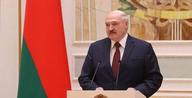 Лукашенко рассказал обусловиях проведения новых выборов