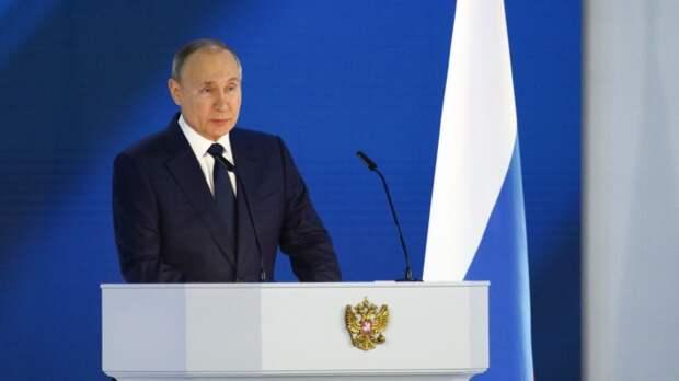Саймс: непреклонная решимость РФ не позволит Западу перейти красные линии