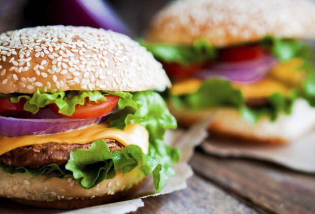 Простой рецепт удивительно вкусного домашнего гамбургера
