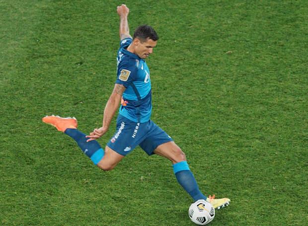 Теперь их двое в «Зените»: Ловрен забил чемпионам мира