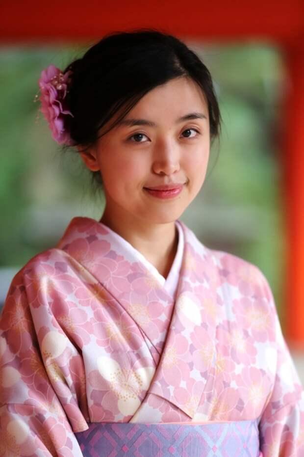 Японка, Нара, Япония. Автор: Александр Химушин.
