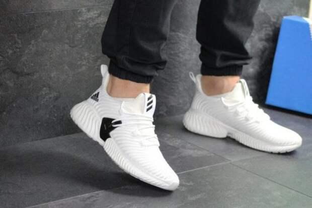 Модные кроссовки 2021 – женские: новинки, тренды