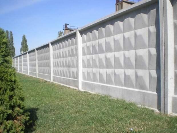 Зачем в СССР массово производили забор с ромбиками? Скрытые возможности этой разработки!