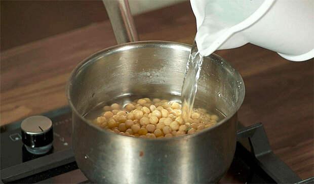 Гороховая каша с ресторанным вкусом: добавили жареный лук и паприку