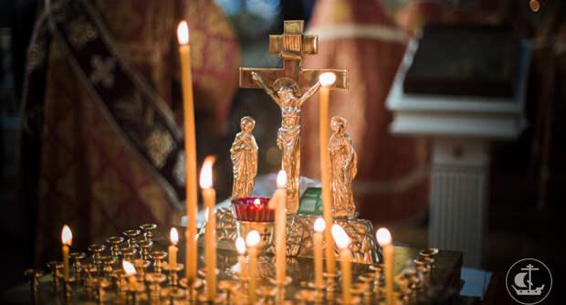 Православные отмечают Великую родительскую субботу
