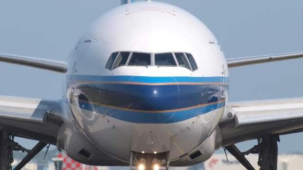 Летевший из Южно-Сахалинска самолет экстренно приземлился в Шереметьеве