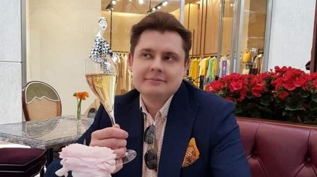 Петербургское СМИ подверглось атаке со стороны последователей Понасенкова