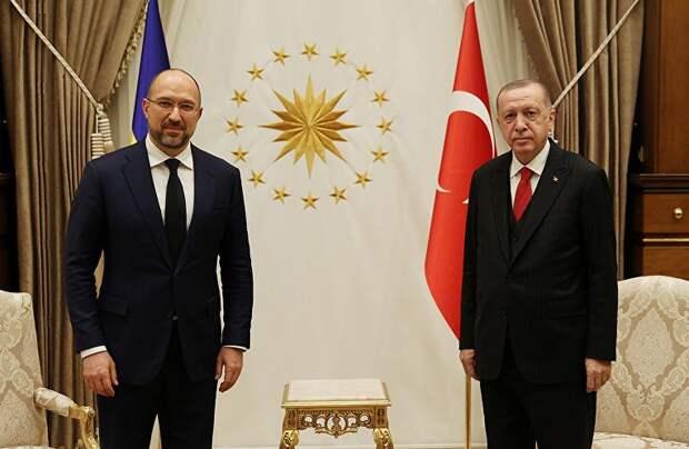 Киев всё чаще поглядывает в сторону Турции