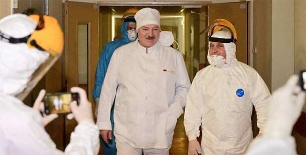 Многовекторная паранойя: Лукашенко заговорил о необходимости использовать западные вакцины