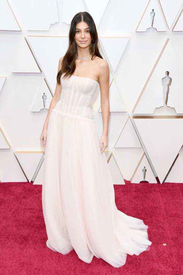 Платья в нюдовых оттенках на церемонии «Оскар-2020»