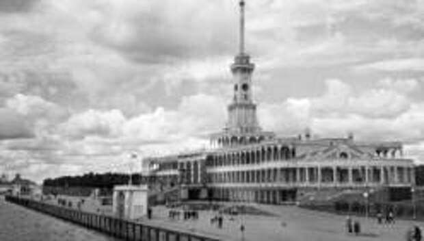 Навигация в Московском бассейне открыта