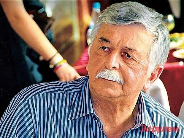 Анатолий Михайлович Акоев