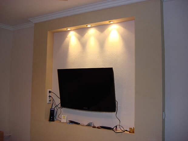 Телевизор на кухне: варианты установки, фото готовых конструкций (76 фото)