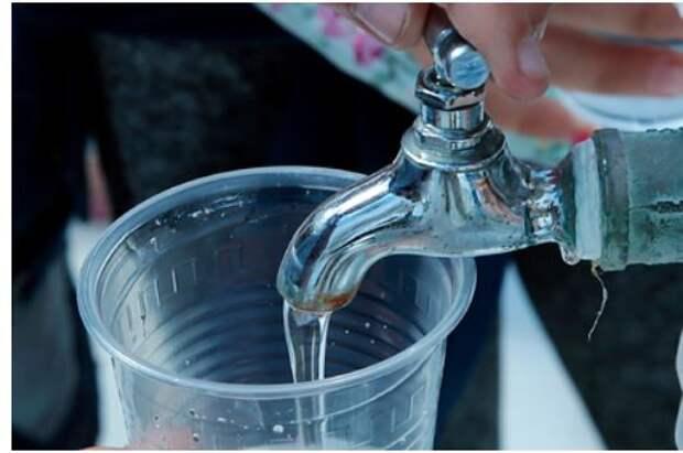 Чистую воду в Крыму назвали непозволительной роскошью
