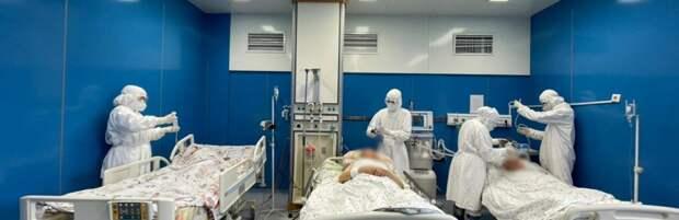 Болеющую коронавирусом пенсионерку прооперировали в Алматы