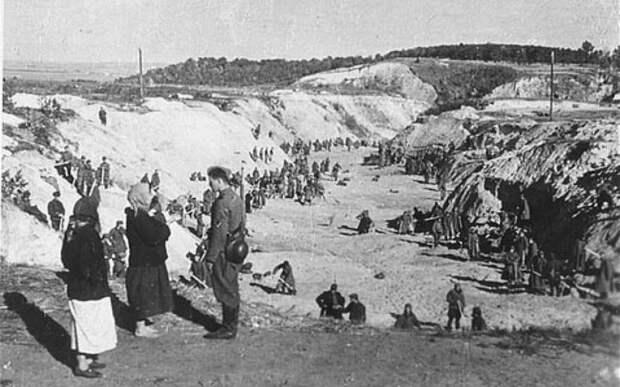 «Атмосфера праздника» или какие настроения преобладали во время убийств евреев в Восточной Европе