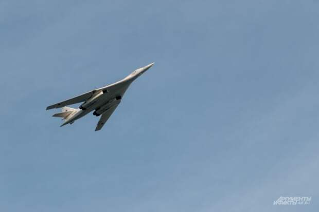 Модернизированный бомбардировщик Ту-160 выполнил новый полёт