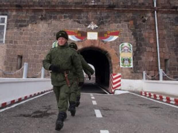 Пашинян сообщил, что обратился к Путину за помощью из-за ситуации на границе