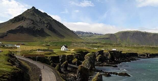 Причудливые монстры с побережий Исландии